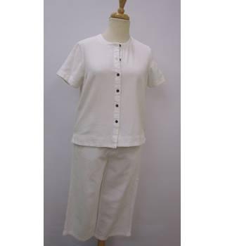 royal robbins - trouser & top suit size 16 white