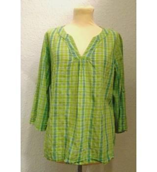 royal robbins - size: m - green - smock top