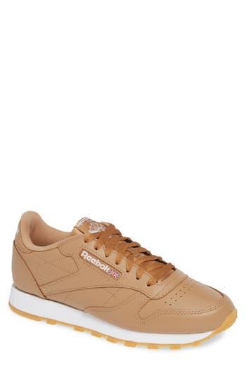 men's reebok classic leather sneaker, size 7 m - brown